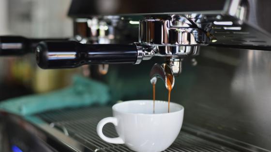 Hoe haal je het beste uit koffie voor je hersenen? Voeding